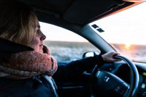 При смене фамилии нужно ли менять права на авто
