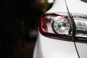 Как переоформить машину на другого человека и сколько это стоит?