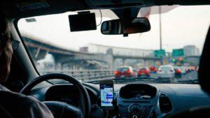 Можно ли двигаться задним ходом по дороге с односторонним движением?