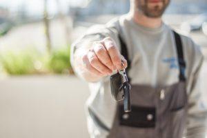 Как продать машину, если она в кредите?